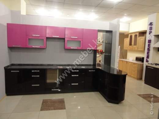 Кухонный гарнитур с салона
